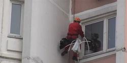 Герметизация швов в стене